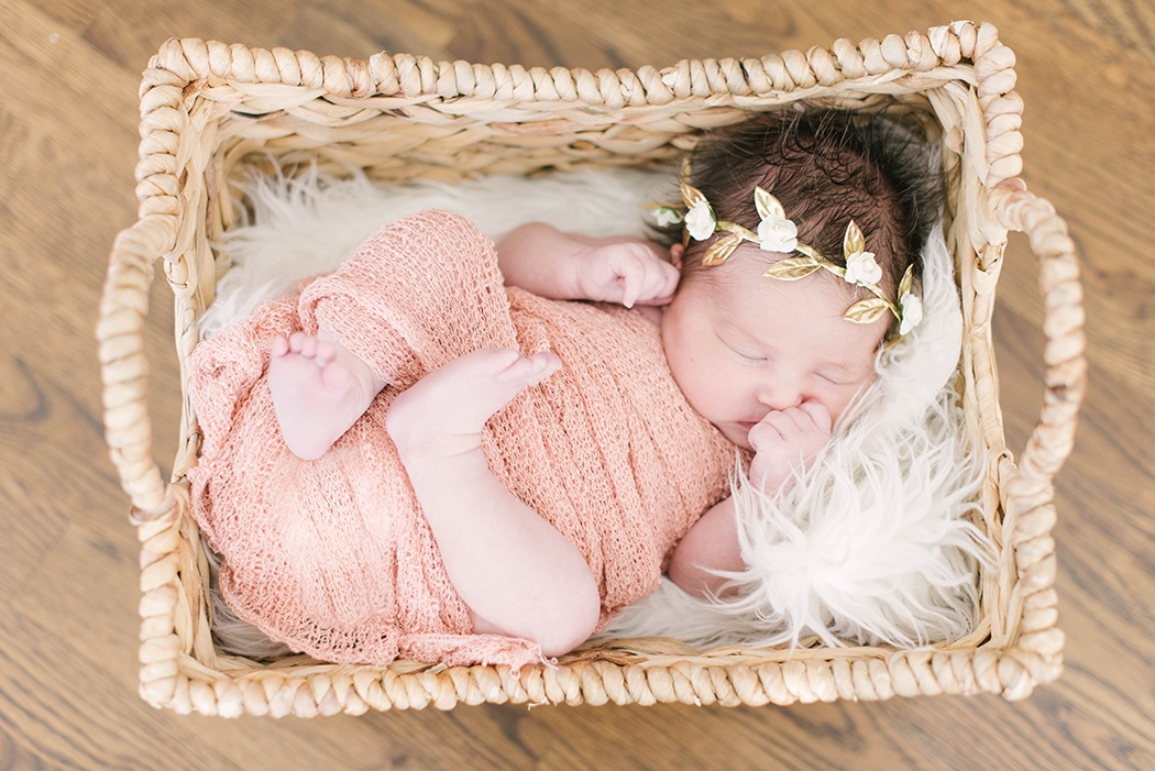 Claire-Newborn-204-of-205